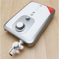 Máy nước nóng Electrolux EWE351BA-DW 3.5 kW